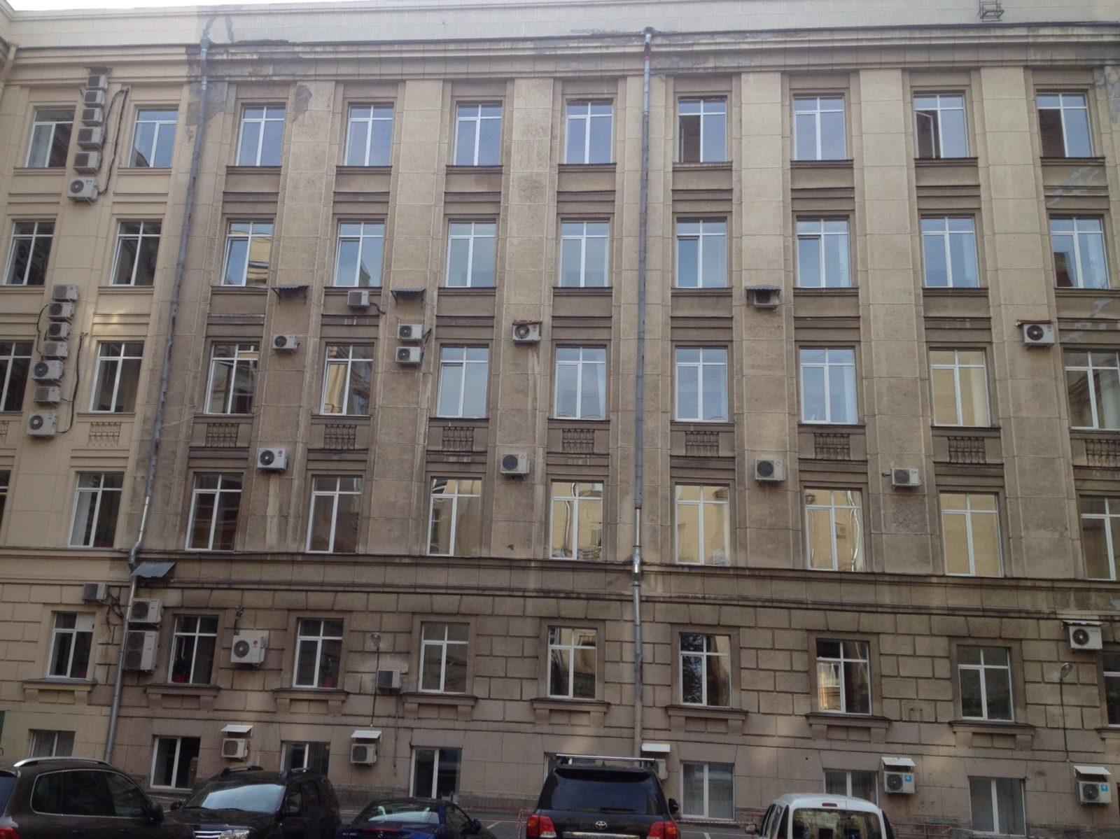 Ремонт фасадной части ОАО «ХОЛДИНГОВАЯ КОМПАНИЯ «ЛЕНИНЕЦ» в СПб