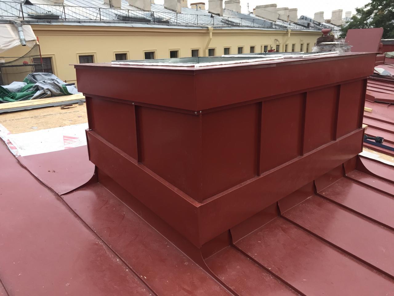 Качественно выполненный монтаж вентиляционных каналов кровли здания с частичной заменой пирога кровли в СПб и ЛО