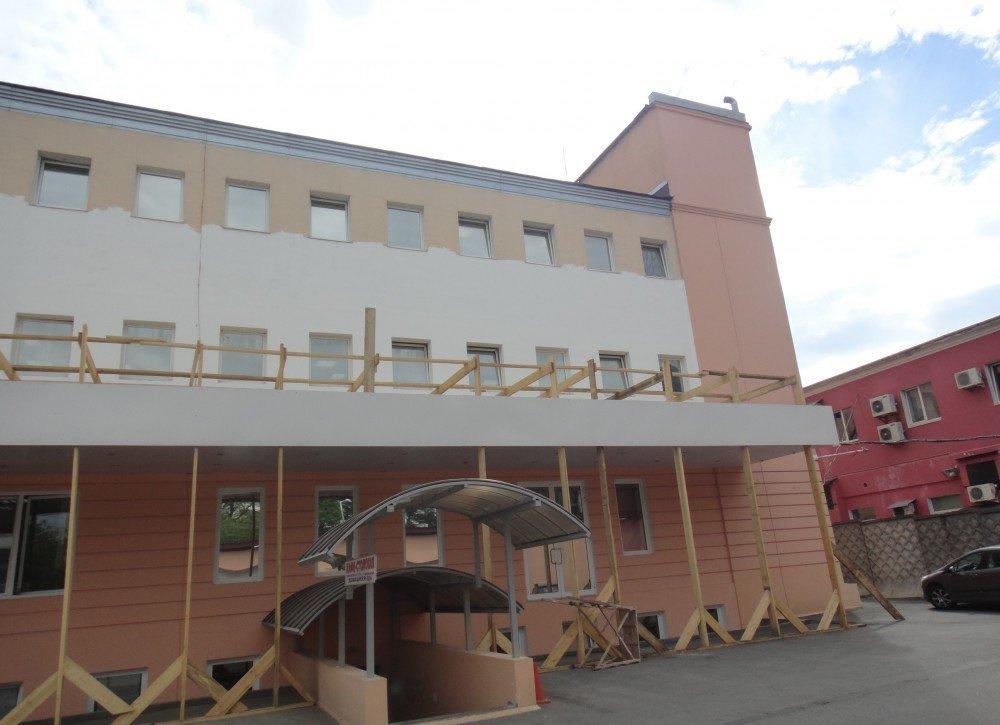Выполнение работ по ремонту фасада офисного здания для ЗАО «ЦТО-ККМ, СПб» в С-Петербурге