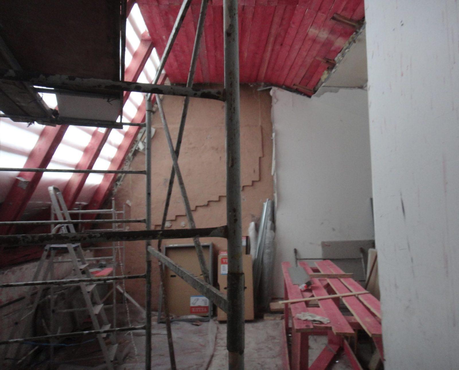 Ремонт кровли в мансарде после пожара