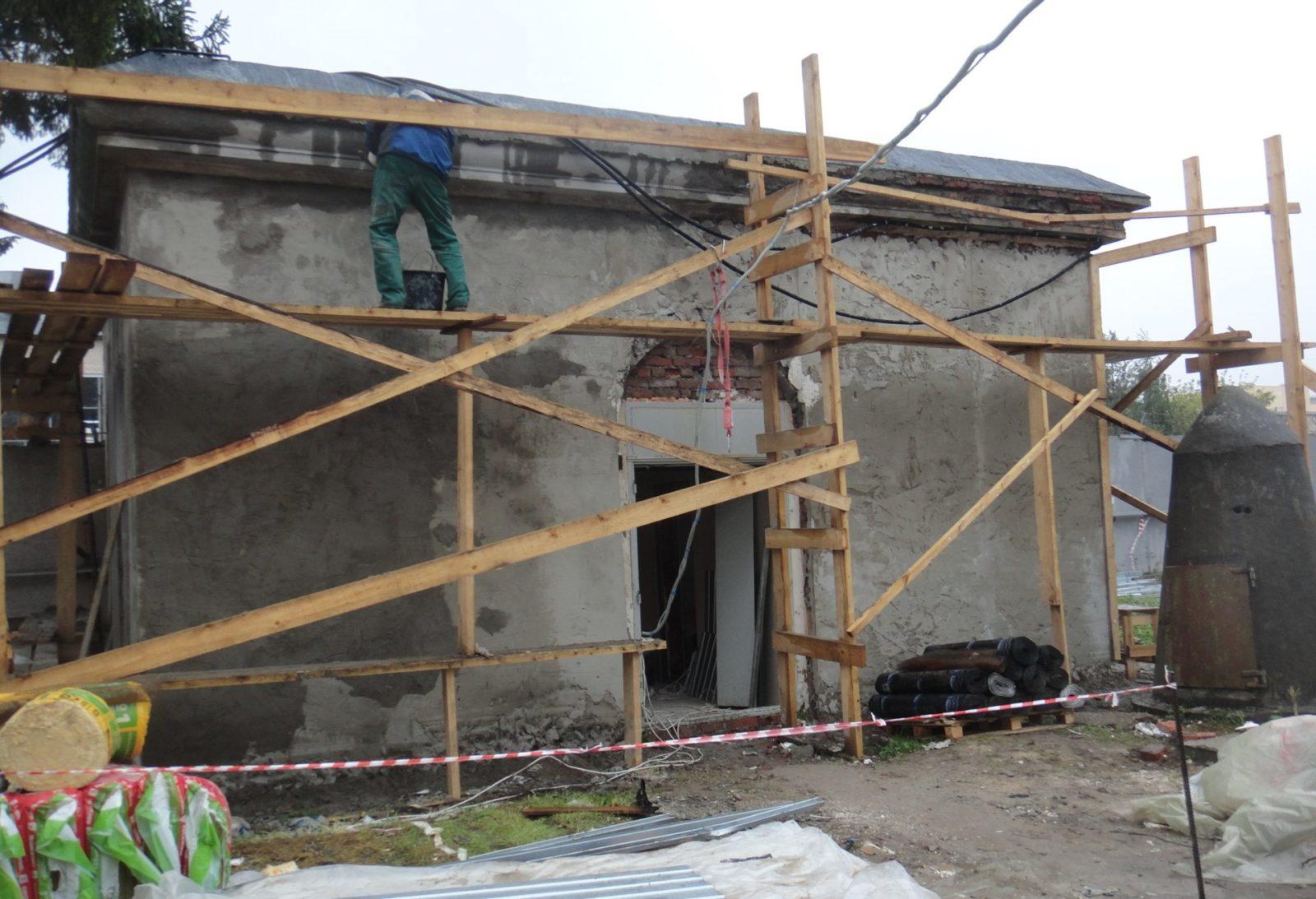 Качественный ремонт фасада пункта пропуска филиала ОАО «Ленэнерго»