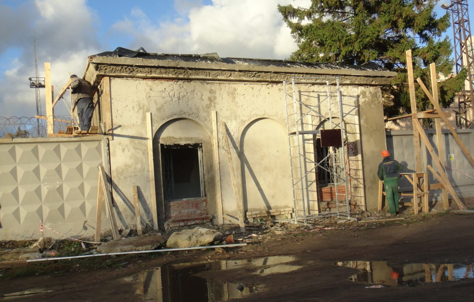 Качественный ремонт фасада пункта пропуска СПбВС