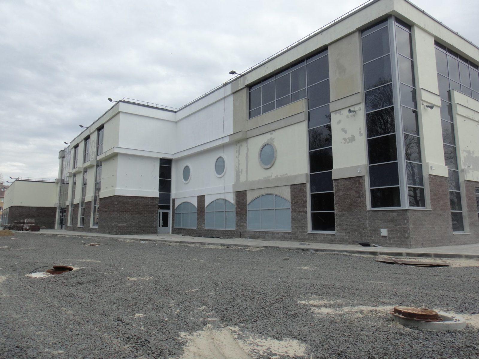 Выполнены работы косметического характера по устройству нового штукатурного фасада для ООО «АСК Цитадель» в СПб