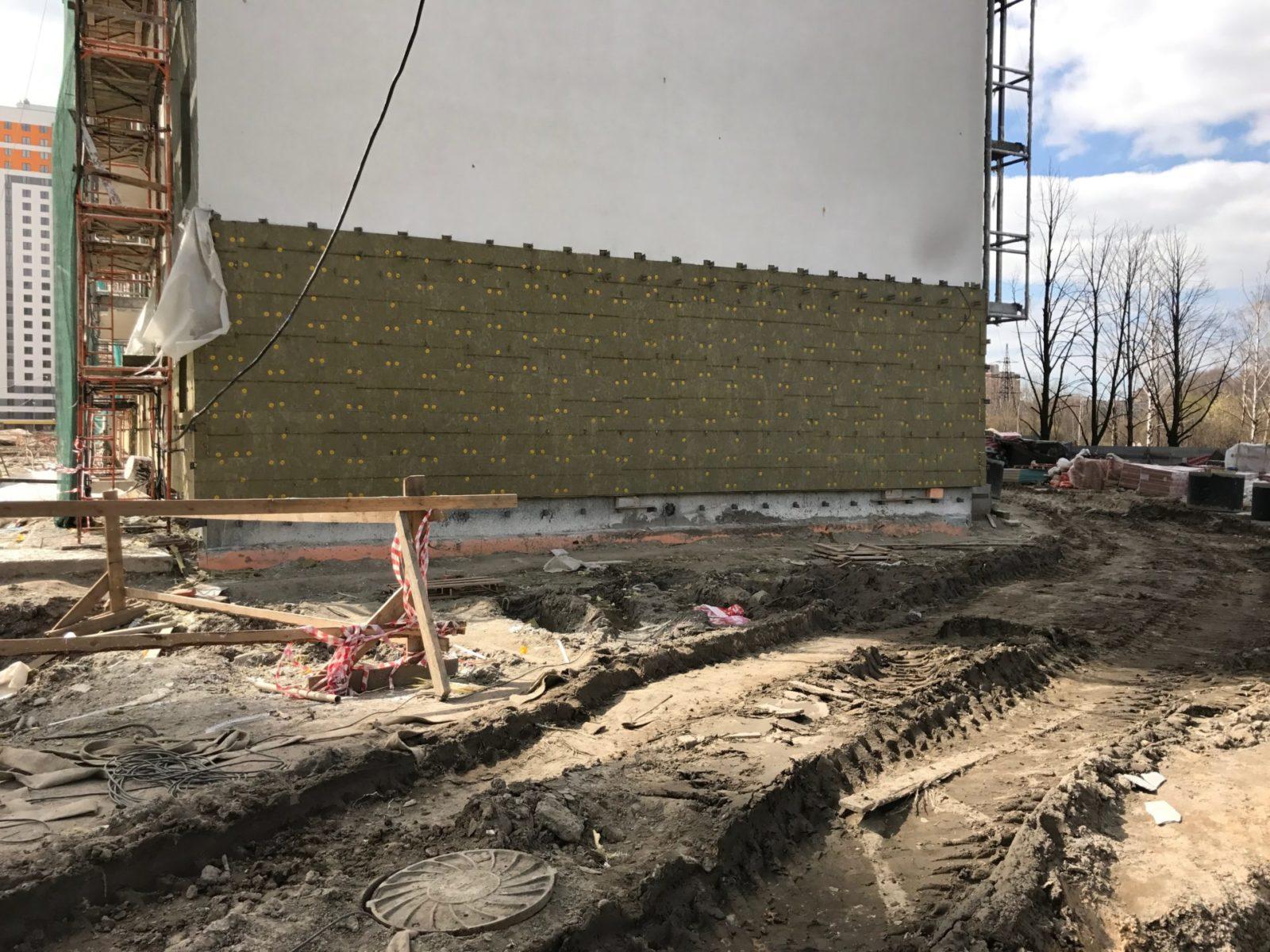 Выполнение работ по устройству вентилируемых фасадов для ПАО «Группа ЛСР» в СПб