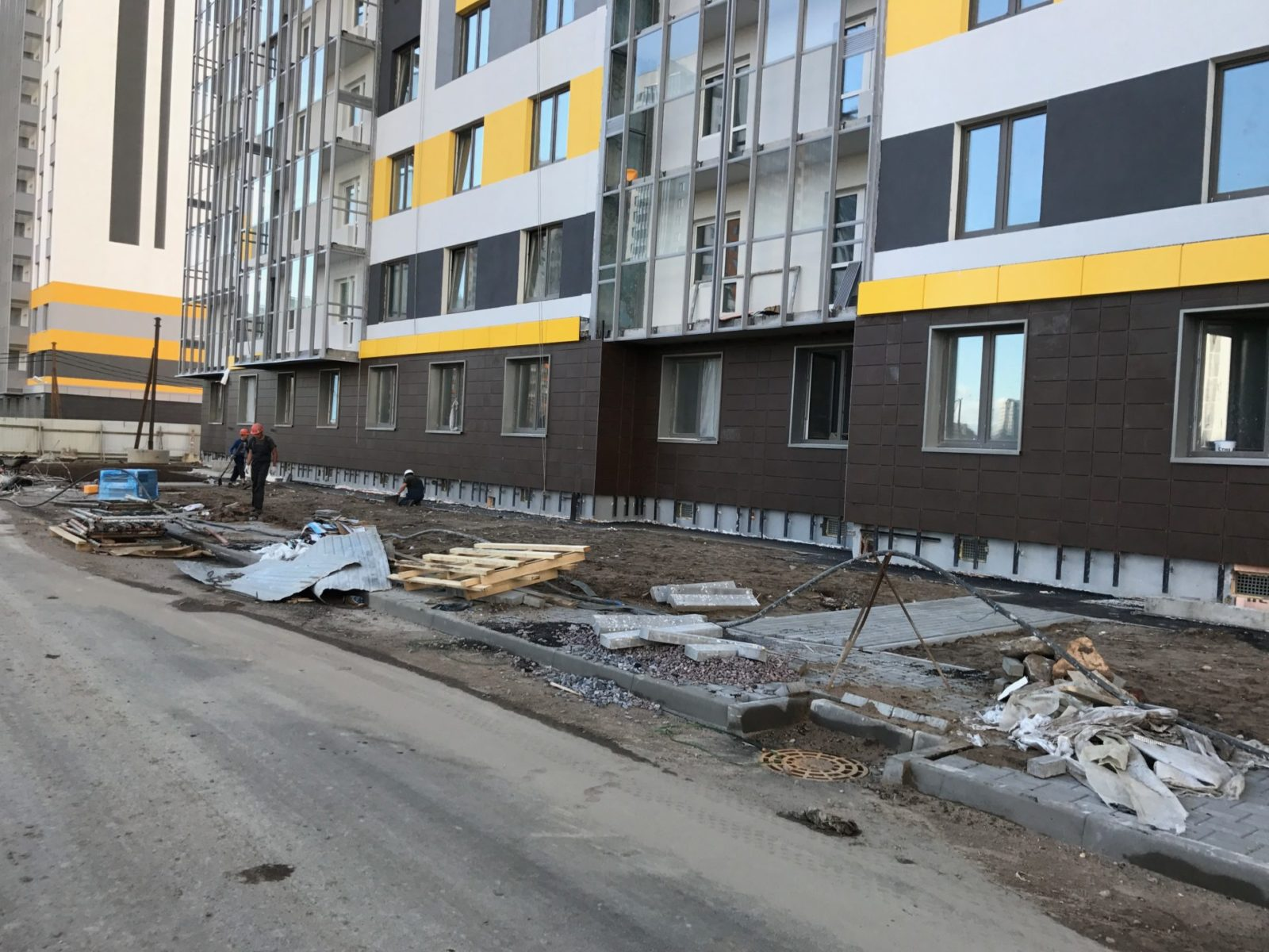 Стоимость выполнения работ по устройству вентилируемых фасадов для ПАО «Группа ЛСР» в СПб