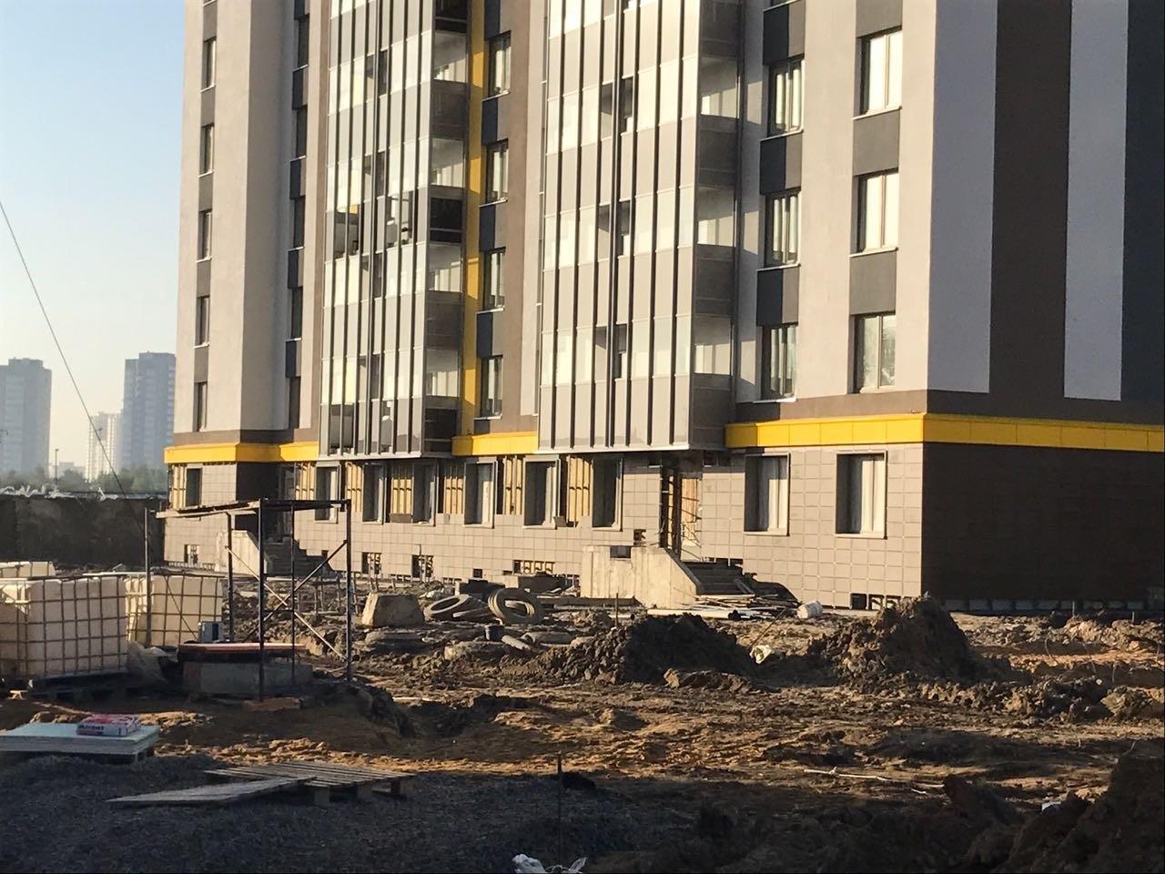 Качественно выполненные работы по устройству вентилируемых фасадов для ПАО «Группа ЛСР» в Петербурге