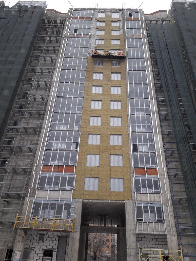 Работы по устройству вентилируемых фасадов жилого комплекса для ООО «Антс-Групп» в СПб