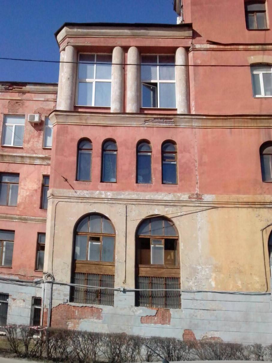 """Качественное выполнение работ по косметическому ремонту фасадов зданий для АО """"Светлана-Рентген"""" в Спб"""