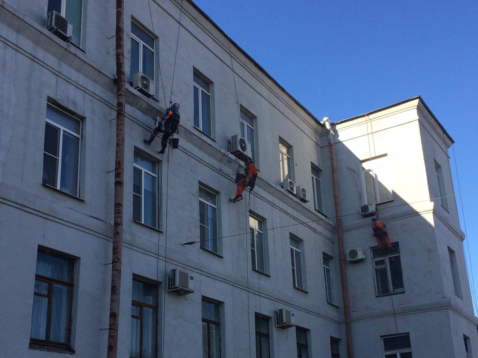 """Фасадные работы зданий для АО """"Светлана-Рентген"""" в СПб"""