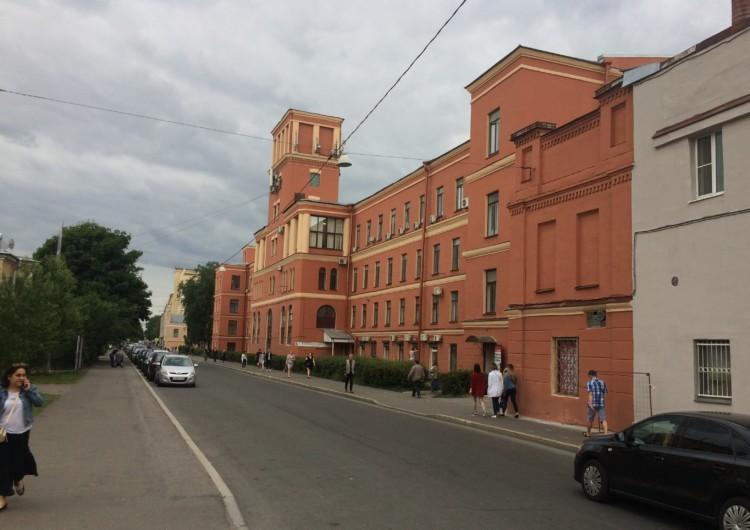 бригада для покраски фасадов зданий и архитектурных сооружений