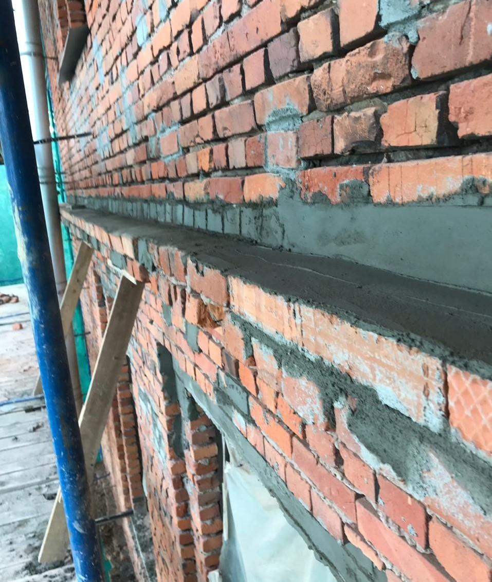 Качественный, капитальный ремонт кирпичного фасада на Заставской 33 в СПб