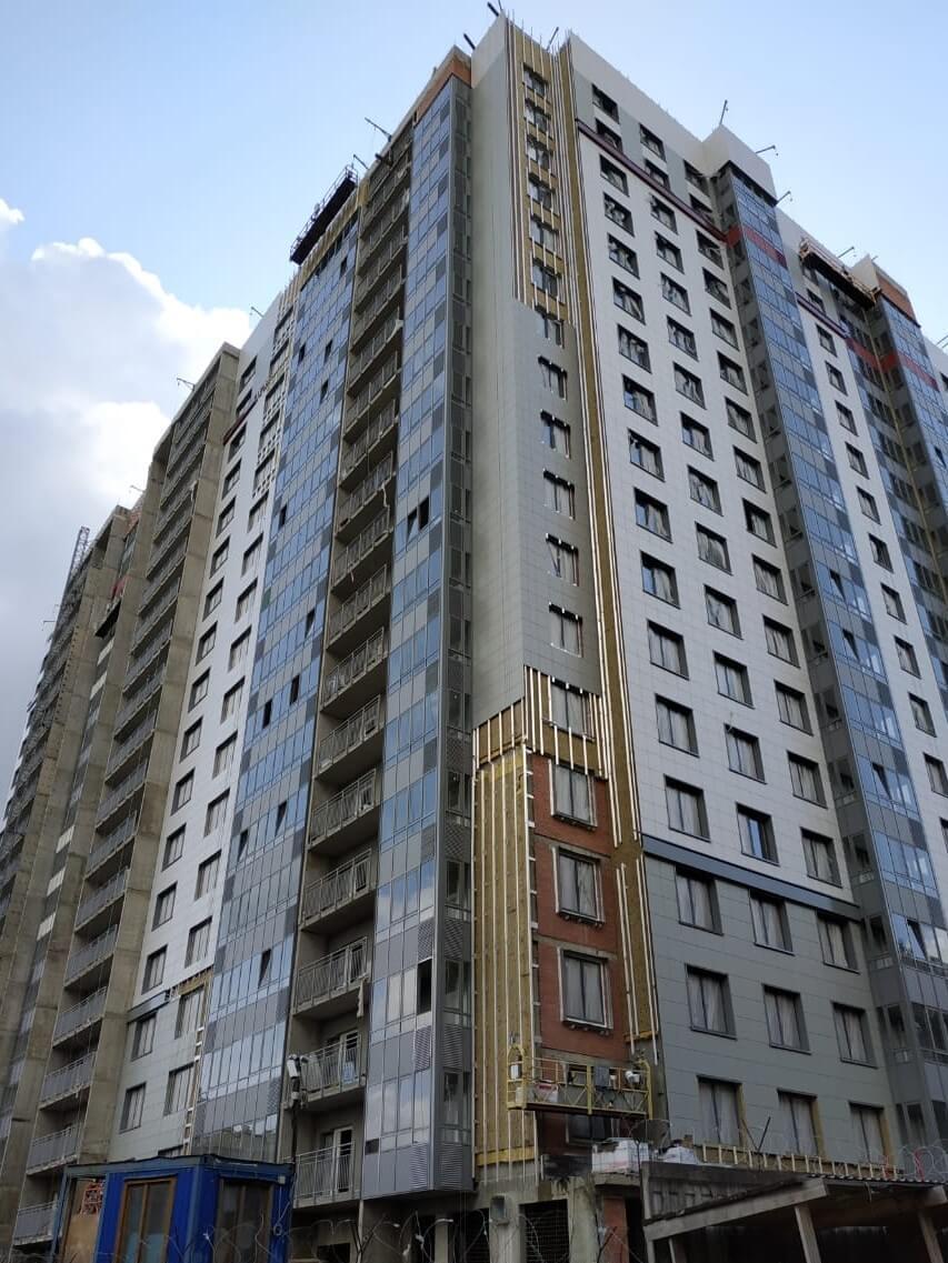 Ремонт фасадов зданий с облицовкой из керамогранитных плит в СПб