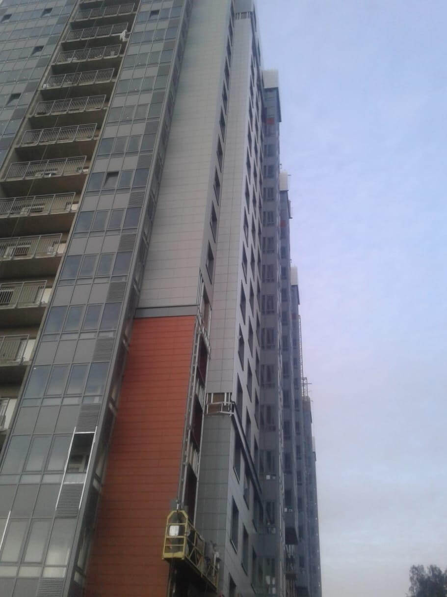 Ремонт и устройство вентилируемых фасадов зданий с облицовкой из керамогранитных плит в Лен.области и СПб