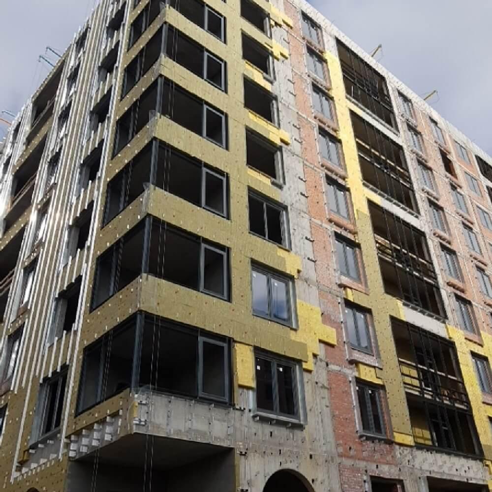 Ремонт вентилируемых фасадов зданий в СПб