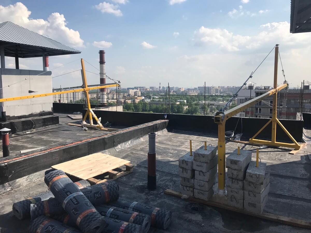 Ремонтно-строительные работы по фасадам зданий с облицовкой из керамогранитных плит в СПб