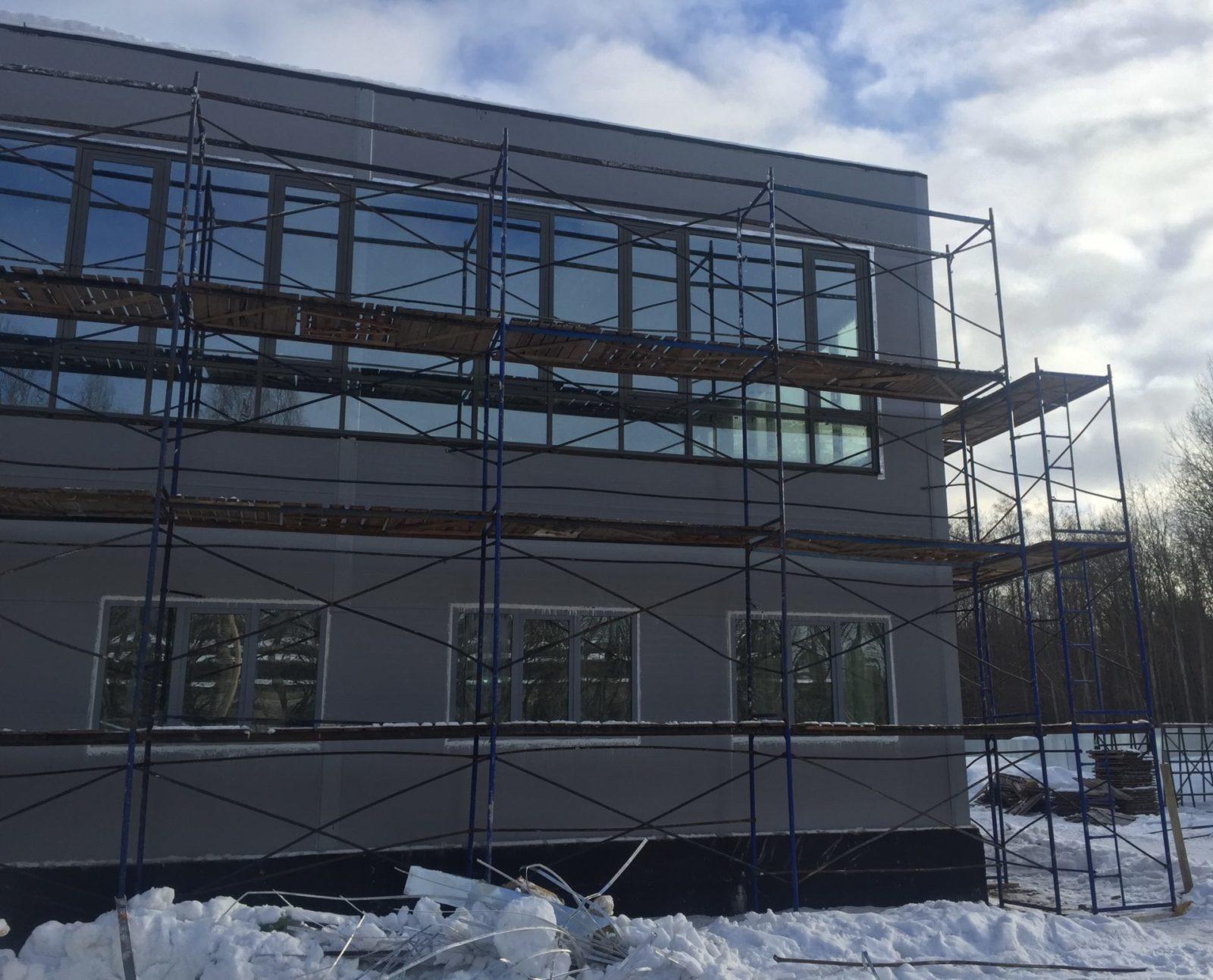 Ремонтные работы фасада керамогранитными плитами в СПб