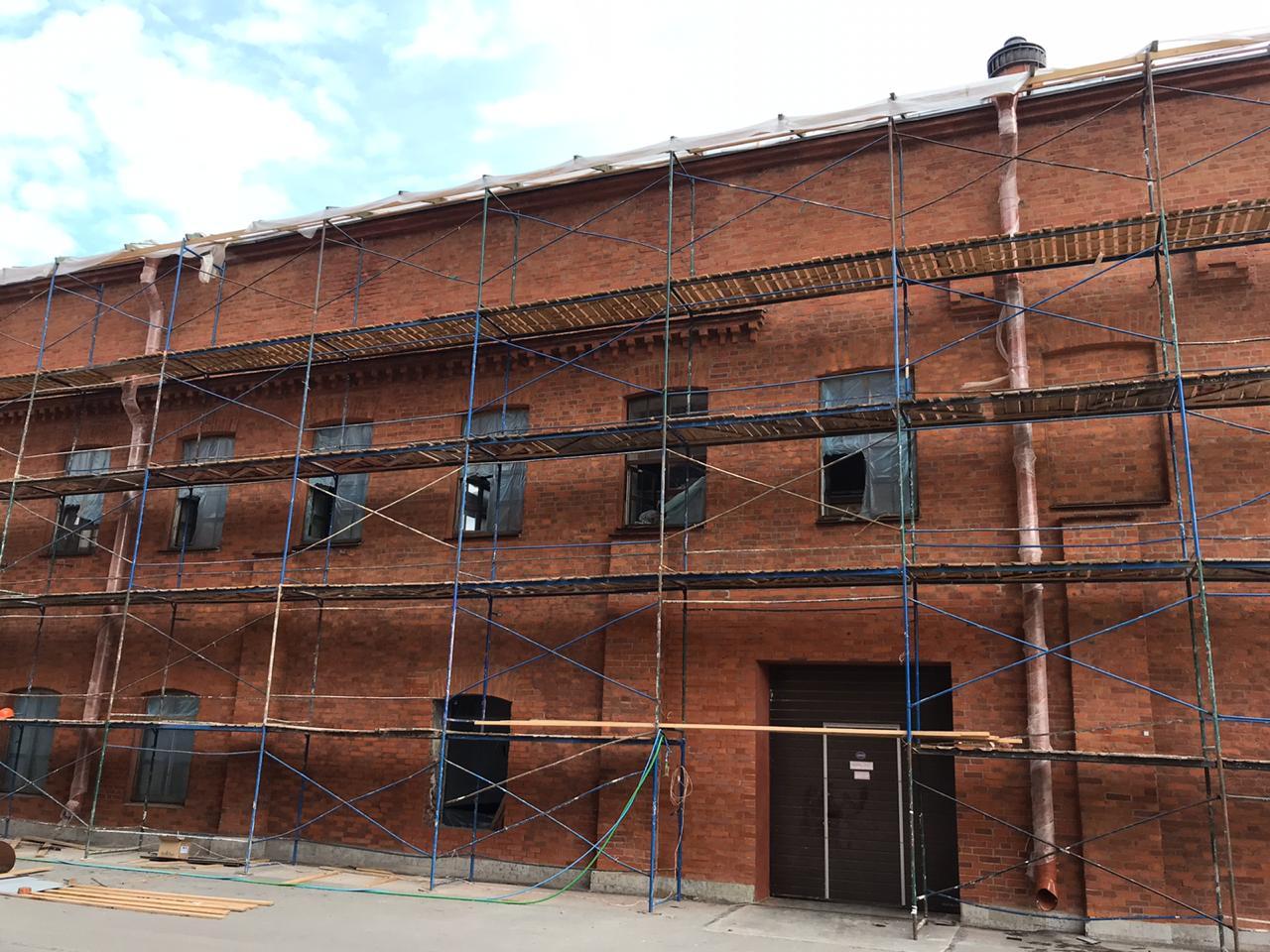 Стоимость комплексного ремонта фасада здания в СПб и Лен.области