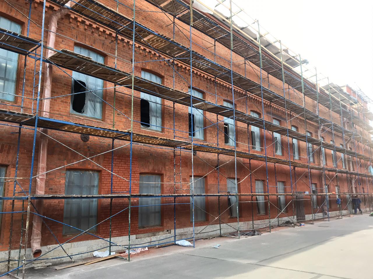 Стоимость комплексного ремонта фасада здания в СПб