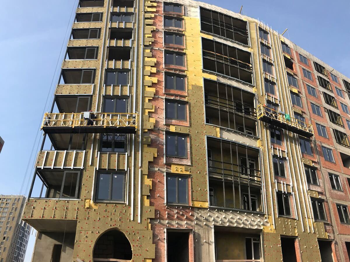 Стоимость работ по ремонту вентилируемых фасадов зданий в СПб и Ленинградской области