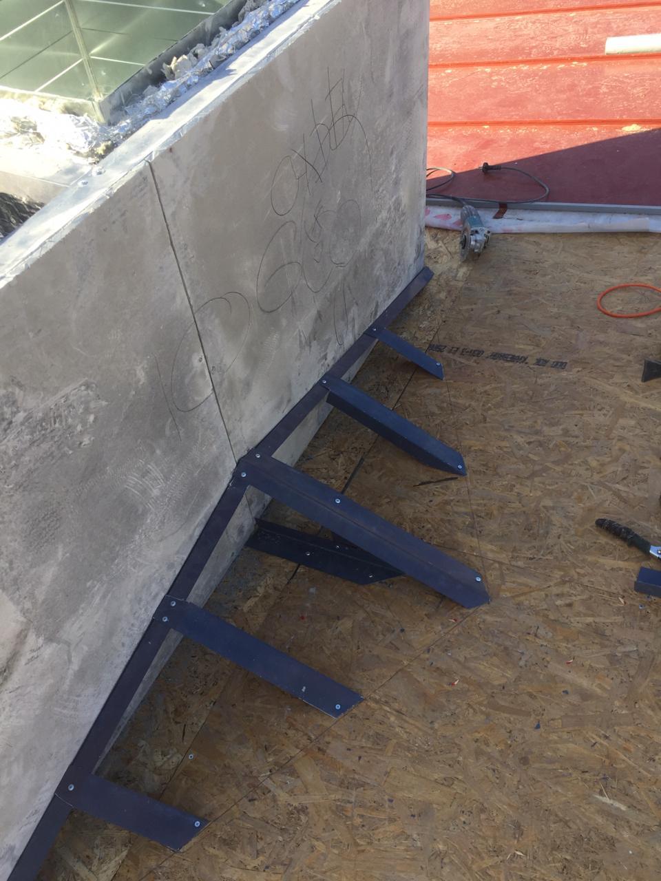 Монтаж вентиляционных каналов кровли здания с частичной заменой пирога кровли