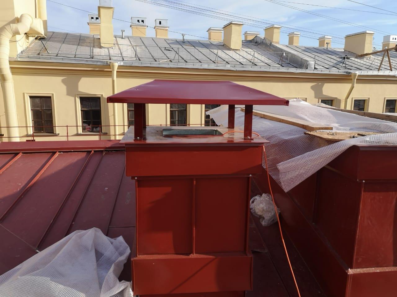 Работы по монтажу вентиляционных каналов кровли здания с частичной заменой пирога кровли