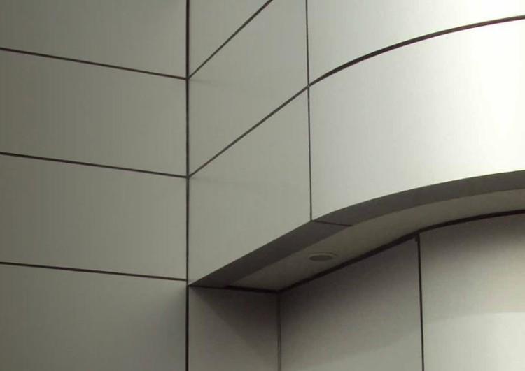 монтаж фасада из композитных панелей под ключ
