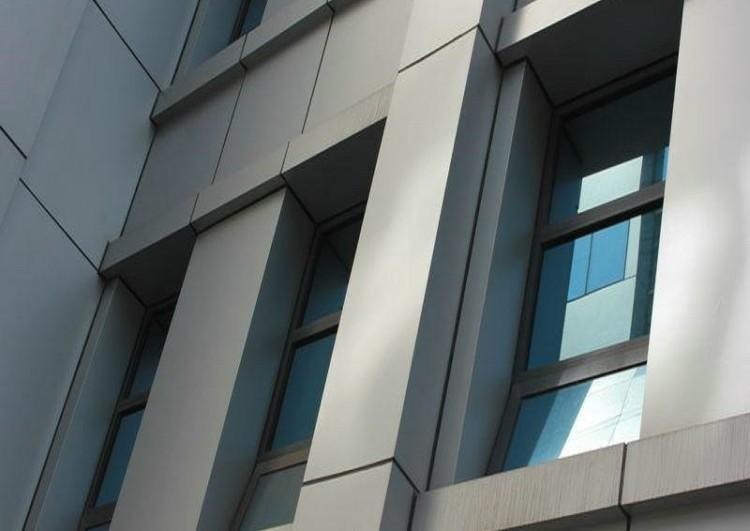 Облицовка и монтаж фасада из композитных панелей в Санкт-Петербурге
