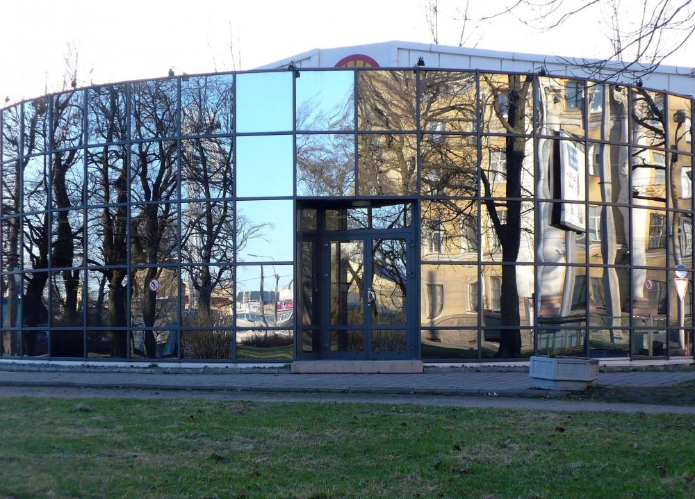 Замена фасадного остекления в БЦ в Петербурге и ЛО